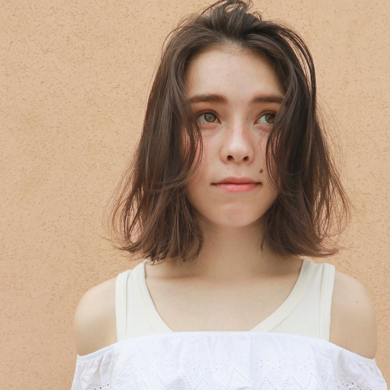 ボブ レイヤーカット ヌーディベージュ ナチュラル ヘアスタイルや髪型の写真・画像 | 一色 さおり / LOAVE AOYAMA(ローブ アオヤマ)