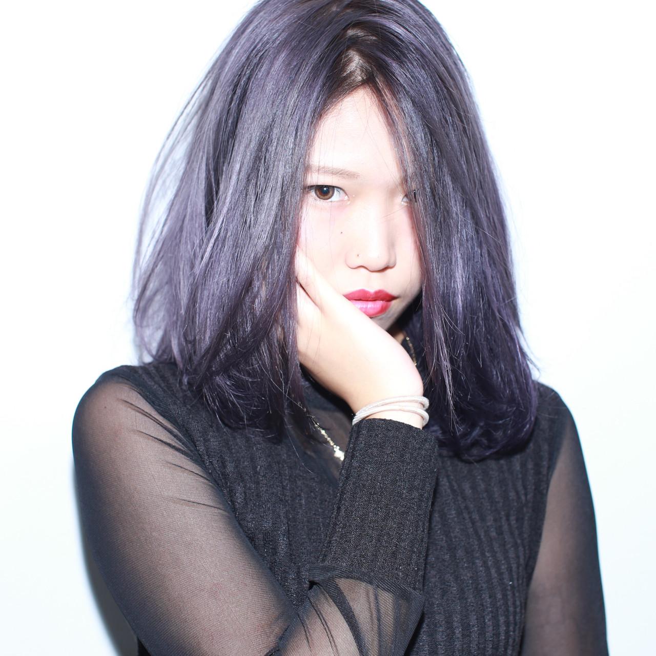 外国人風 ミディアム 暗髪 ストリートヘアスタイルや髪型の写真・画像