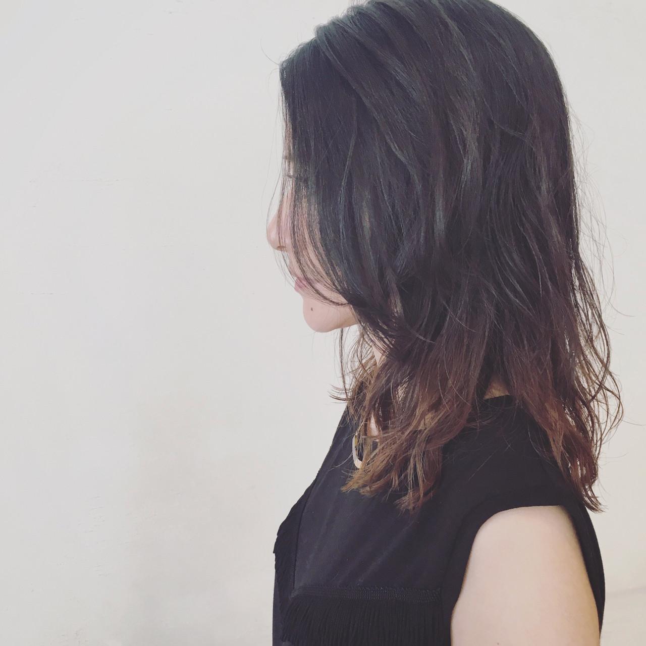 【ロング編】秋冬はこの色で決まり♡アッシュで作る暗髪が可愛すぎる 三好 佳奈美