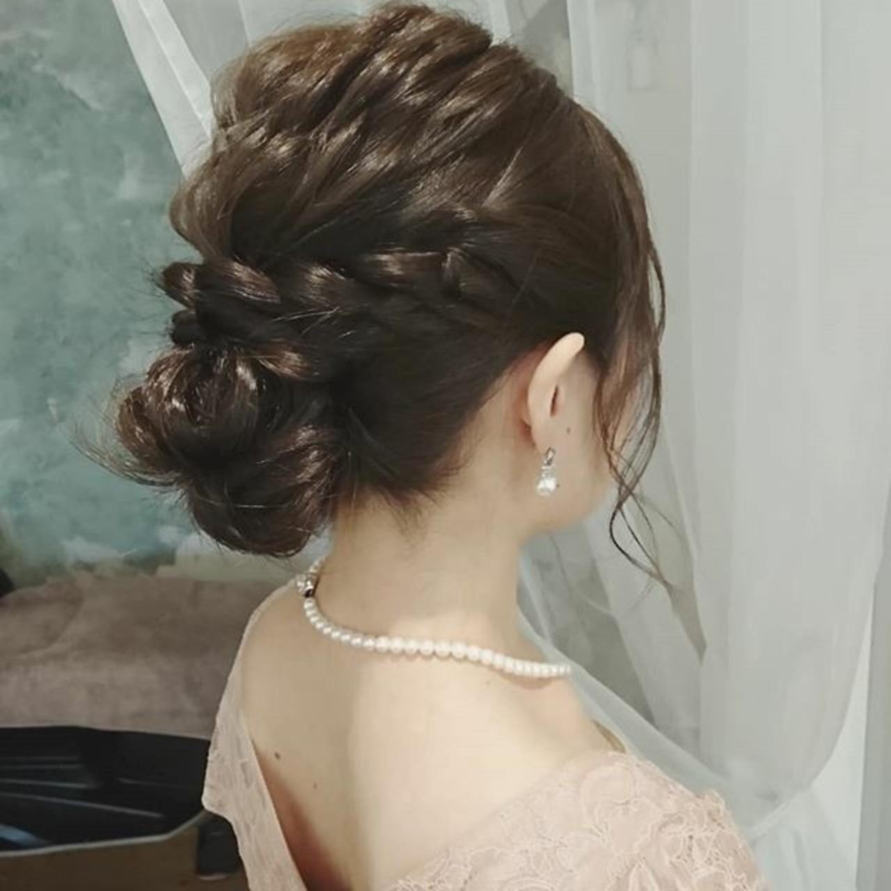 デート ヘアアレンジ フェミニン ゆるふわ ヘアスタイルや髪型の写真・画像   浦川由起江 / nanon