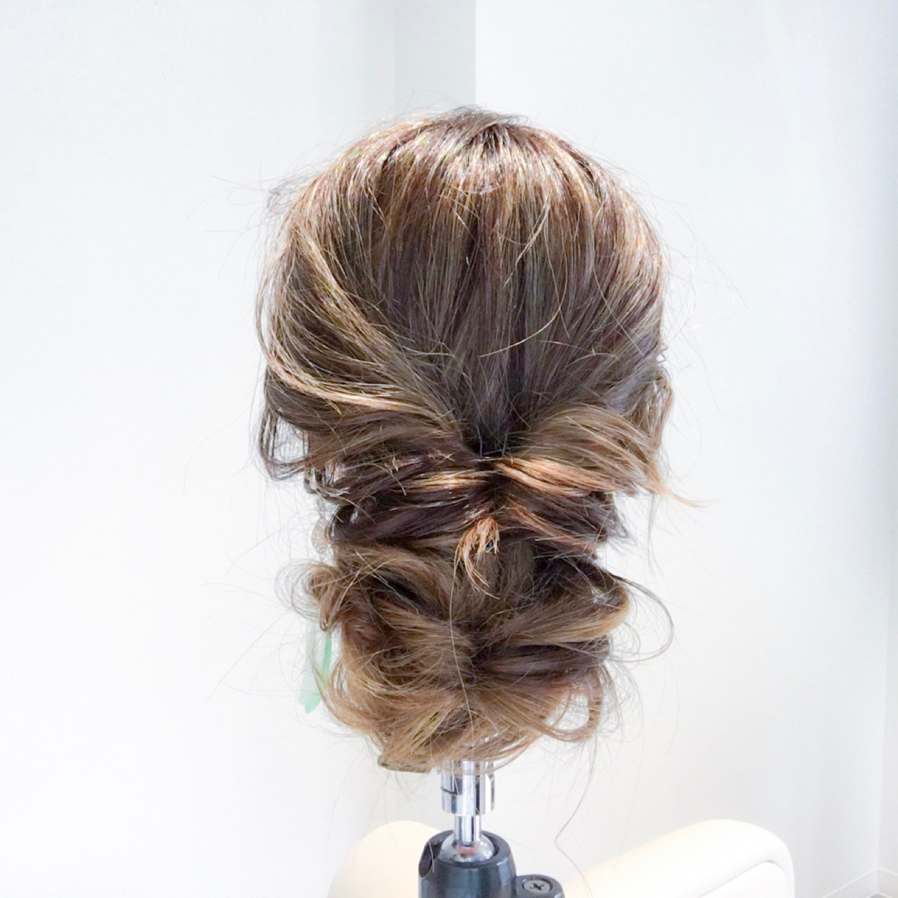 ルーズ 女子会 結婚式 ヘアアレンジ ヘアスタイルや髪型の写真・画像 | 美容師HIRO/Amoute代表 / Amoute/アムティ
