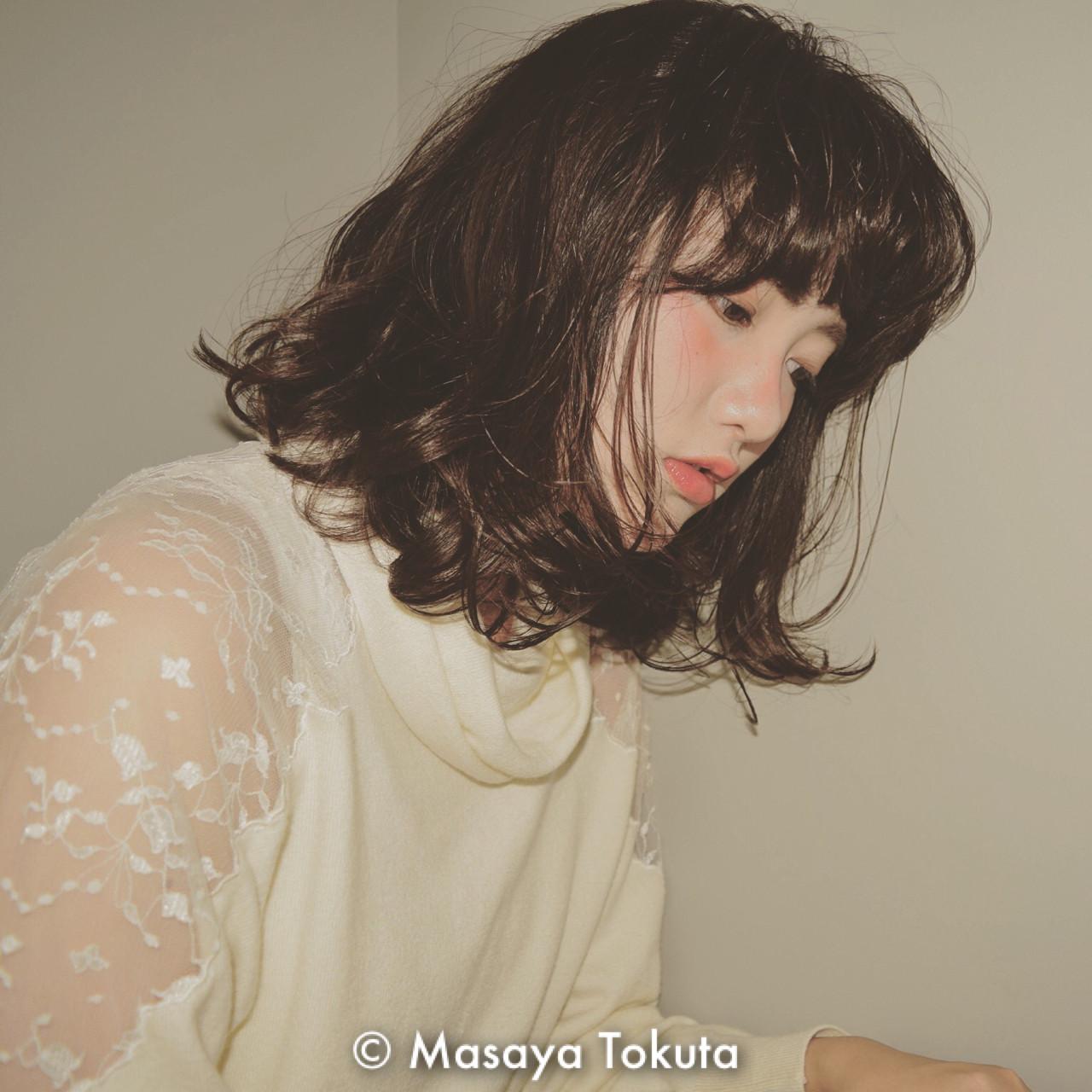 フェミニン 色気 ボブ かわいい ヘアスタイルや髪型の写真・画像 | 徳田 誠也 / HOEKHOEK