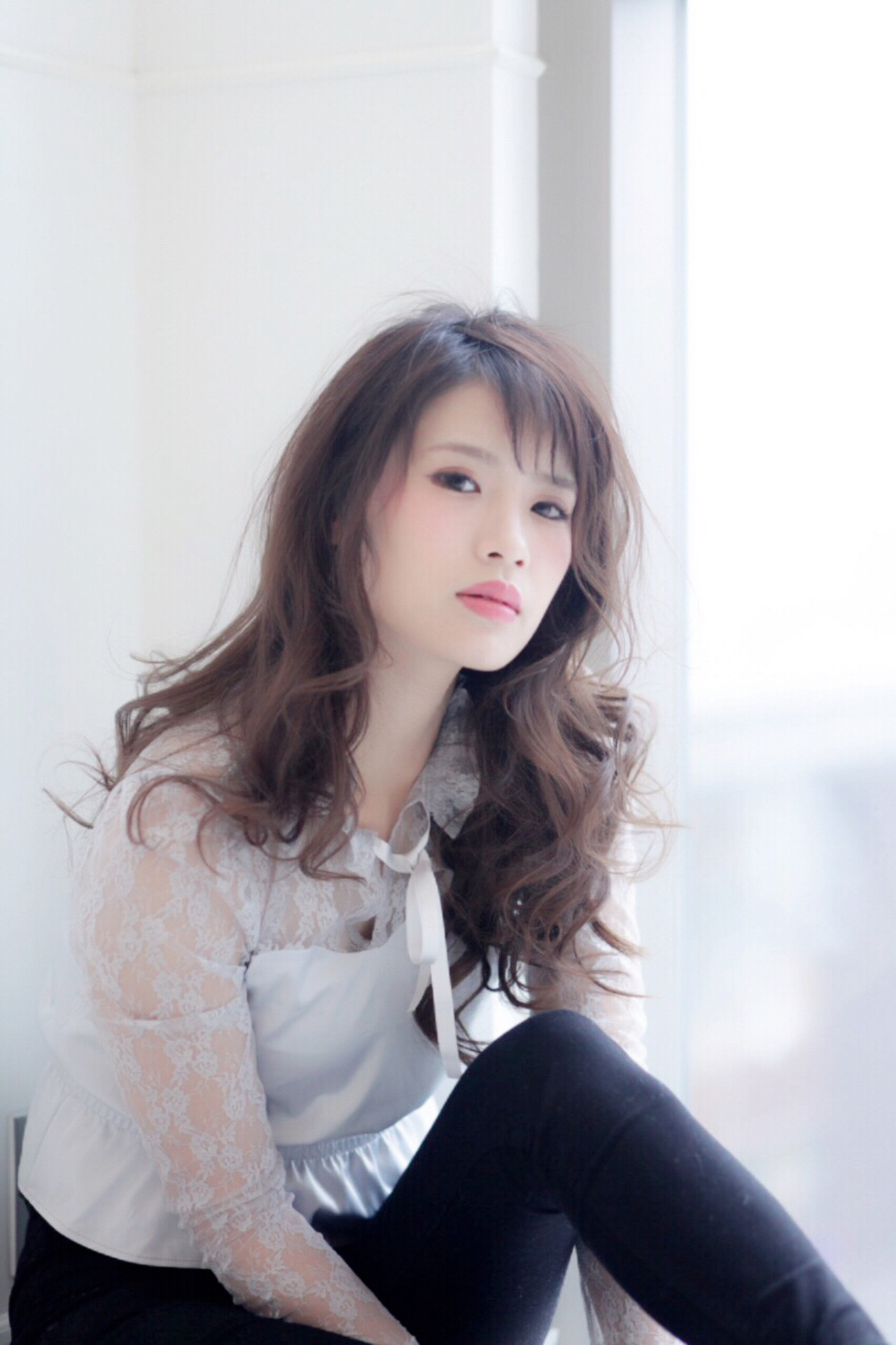 ストリート アッシュ ロング レイヤーカット ヘアスタイルや髪型の写真・画像   掛橋 翔 / air-FUKUOKA