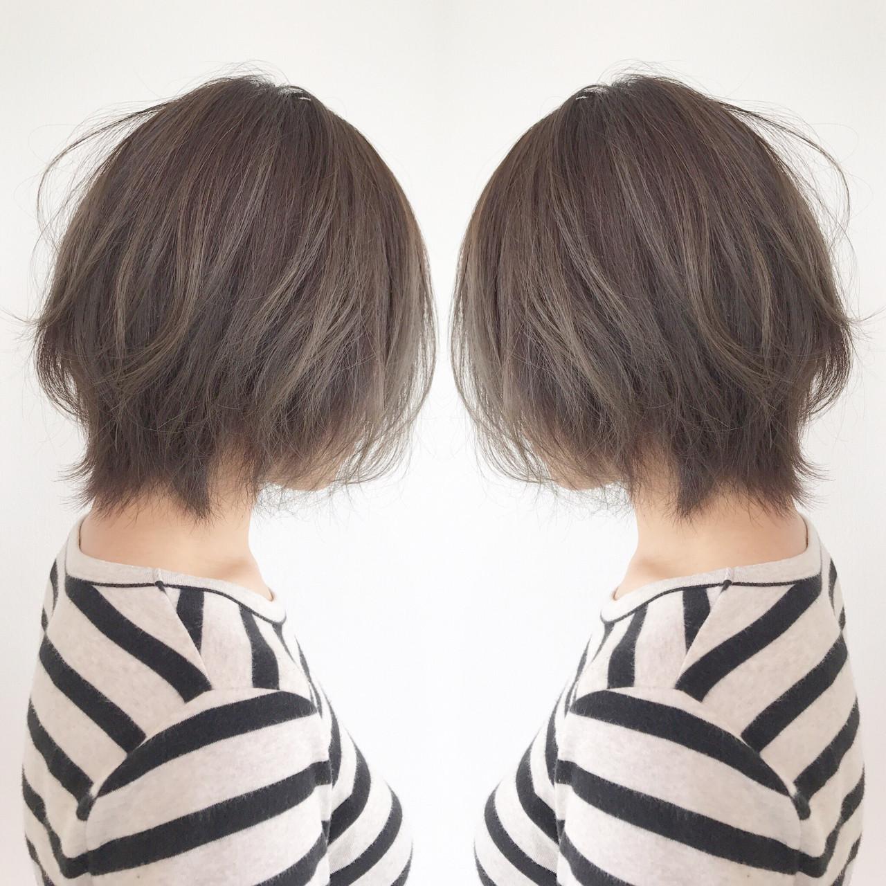 モード グラデーションカラー ボブ ミルクティーベージュヘアスタイルや髪型の写真・画像
