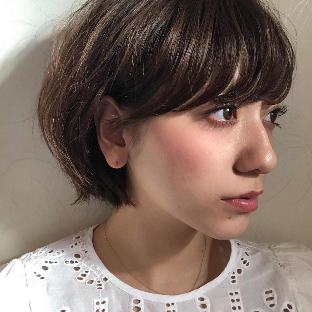 ショート ナチュラル 小顔 大人かわいい ヘアスタイルや髪型の写真・画像 | HIKARI /