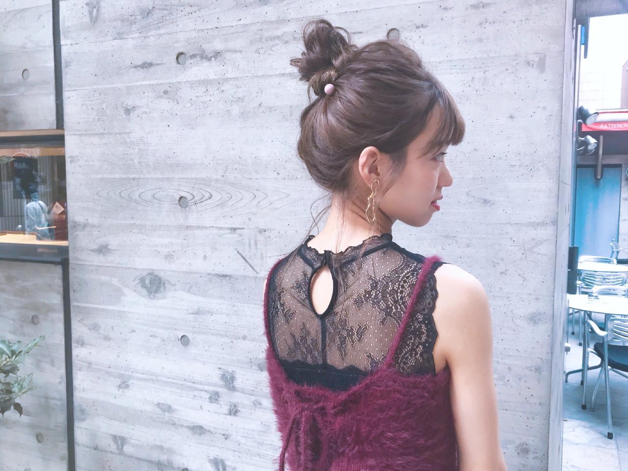 デート 簡単ヘアアレンジ ヘアアレンジ フェミニンヘアスタイルや髪型の写真・画像