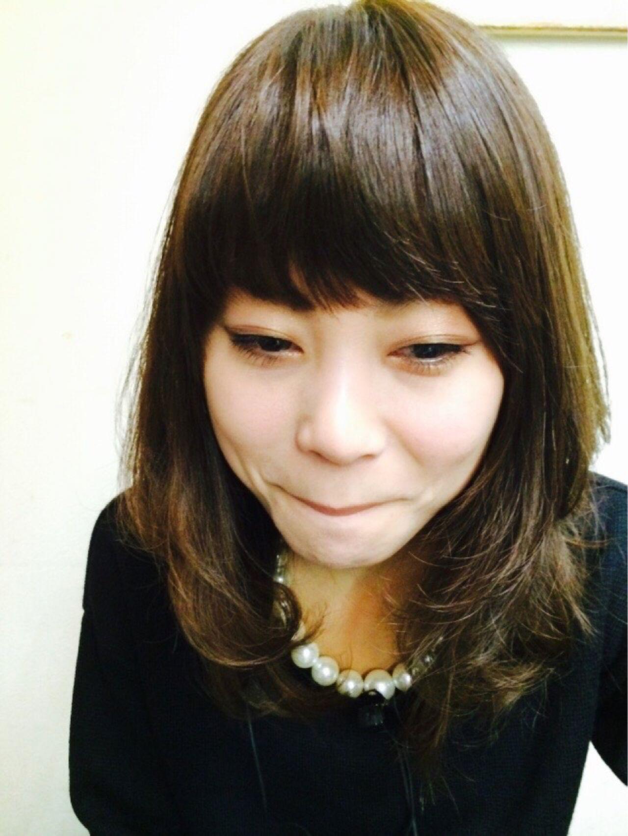丸顔 ガーリー ミディアム モテ髪 ヘアスタイルや髪型の写真・画像 | johnny /