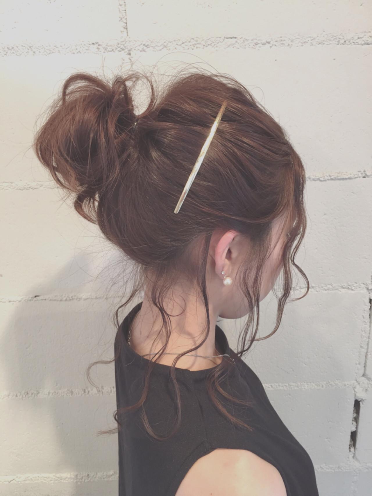 セミロング ヘアアレンジ 暗髪 ゆるふわ ヘアスタイルや髪型の写真・画像 | 岩井祐美子 ALICE / Alice