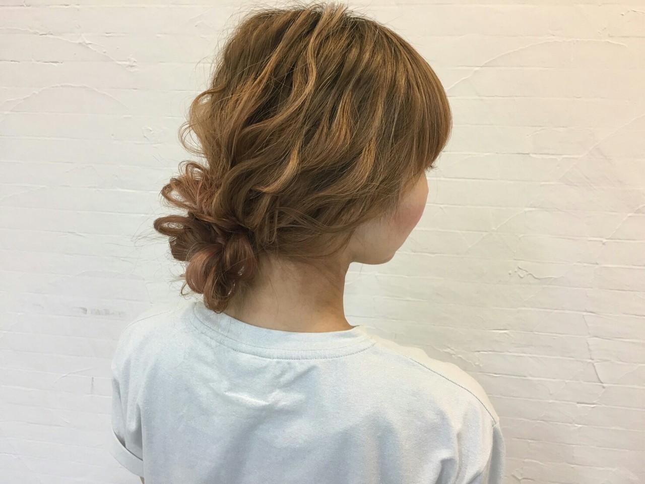 夏 簡単ヘアアレンジ ショート ヘアアレンジ ヘアスタイルや髪型の写真・画像   Kaji / TICKTOCK  Airline