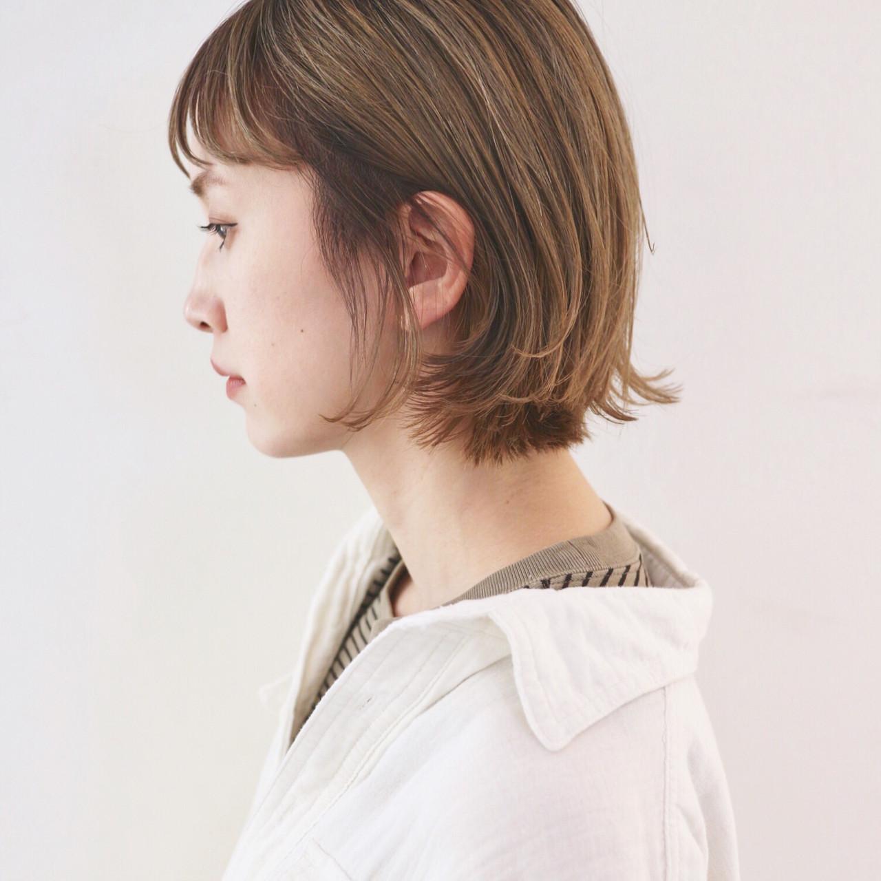 ボブ ハイトーン 外国人風カラー グレージュ ヘアスタイルや髪型の写真・画像 | 三好 佳奈美 / Baco.(バコ)