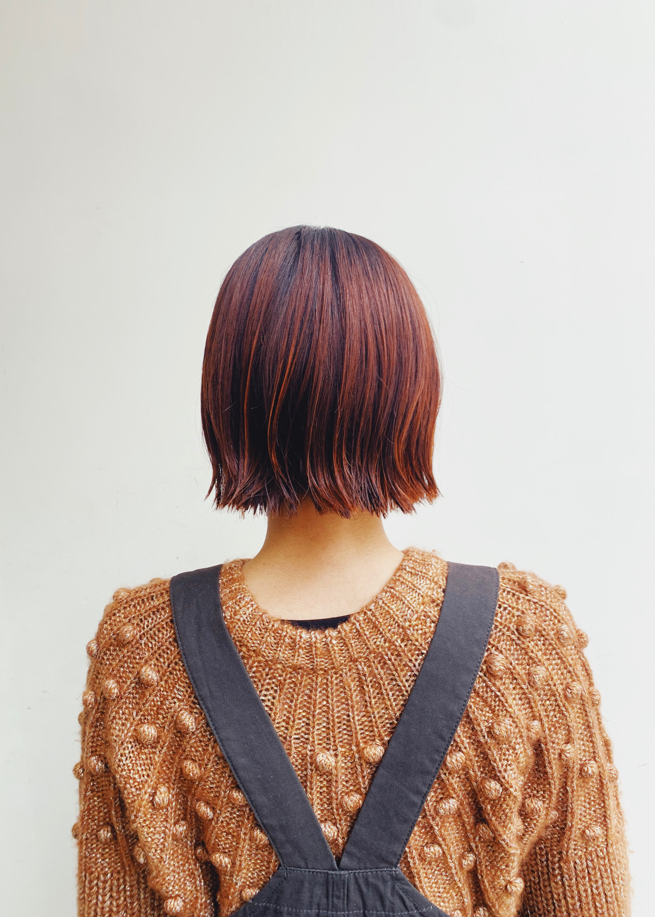 切りっぱなしボブ オレンジベージュ アプリコットオレンジ ボブヘアスタイルや髪型の写真・画像