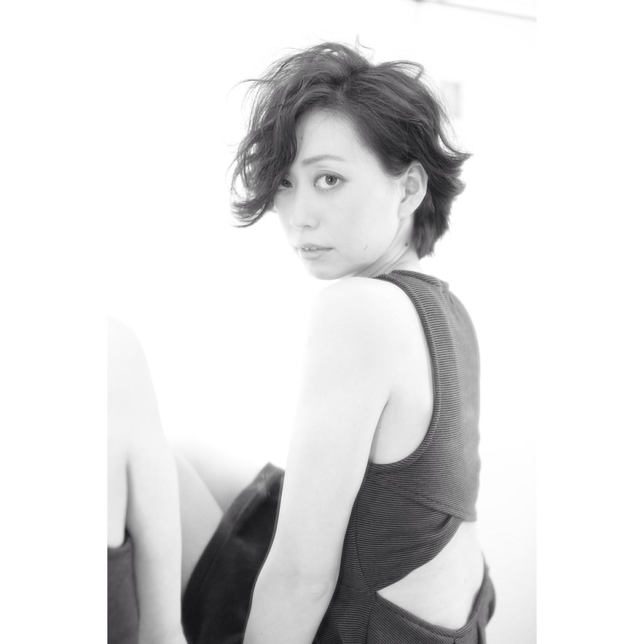 黒髪 外国人風 大人かわいい モード ヘアスタイルや髪型の写真・画像 | 友田 徳政 / Hair dressing Bis!