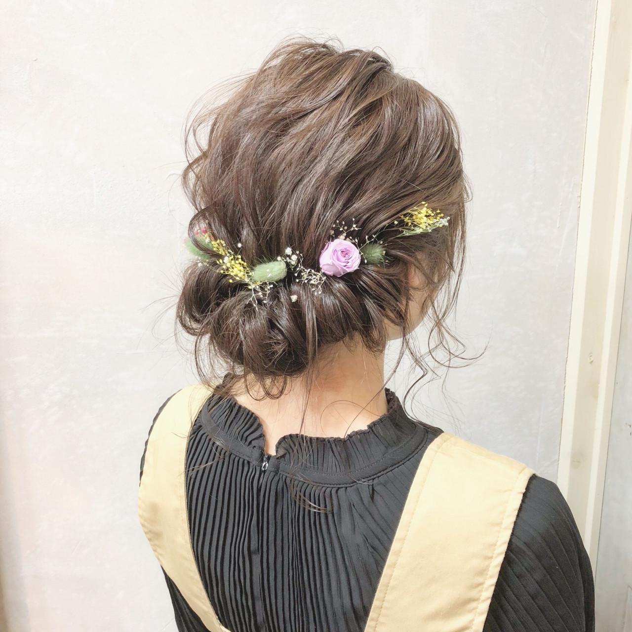 ナチュラル ヘアアレンジ 結婚式 謝恩会 ヘアスタイルや髪型の写真・画像 | hii.de@✂︎ / Maison de sisi