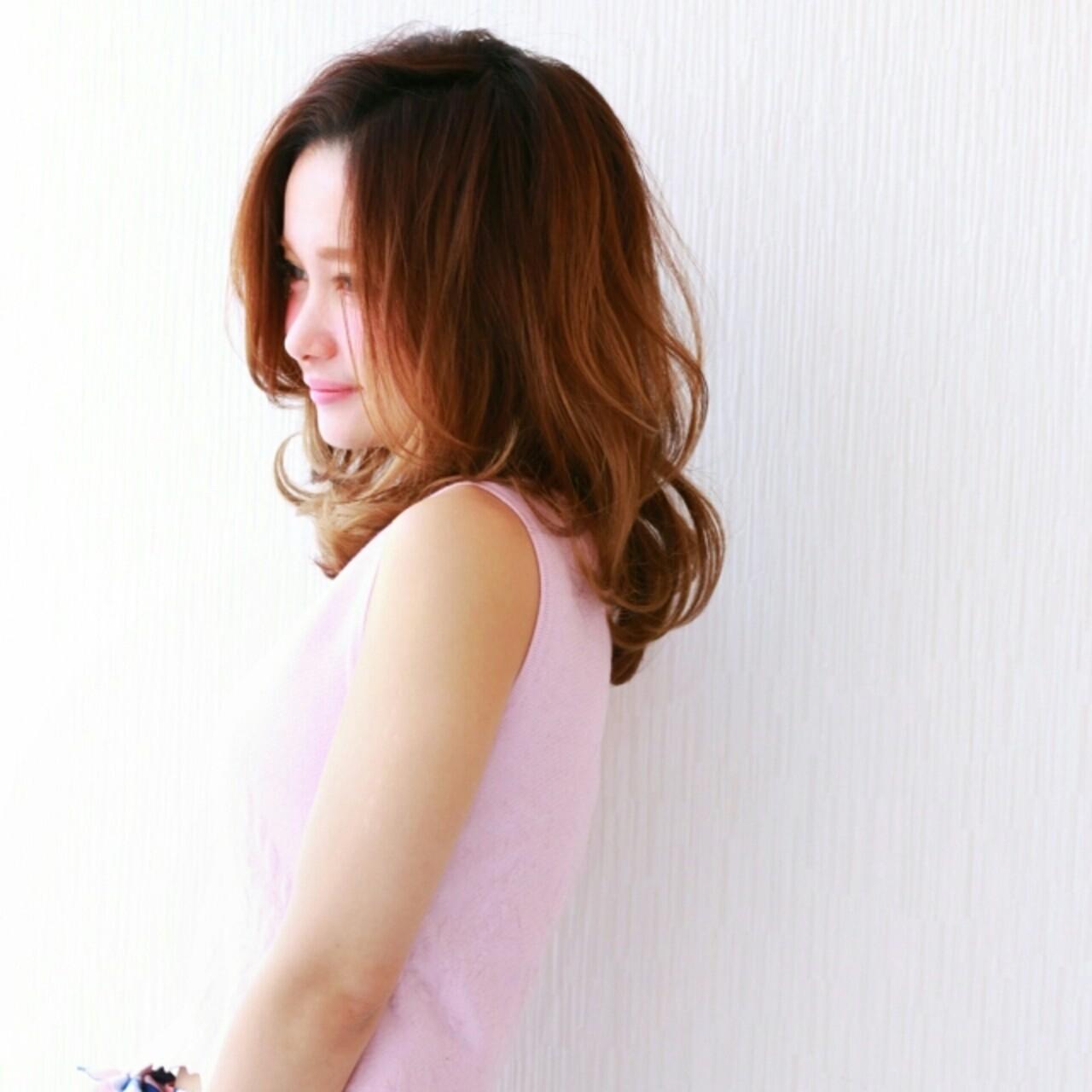外国人風 ナチュラル ゆるふわ フェミニン ヘアスタイルや髪型の写真・画像 | 前田えみ/BLOOM /  BLOOM(ブルーム)