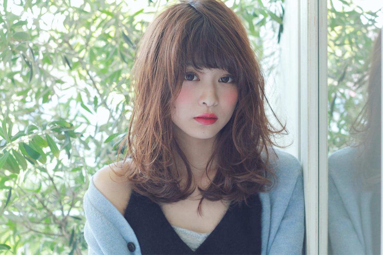 パーマ コンサバ 冬 セミロング ヘアスタイルや髪型の写真・画像   須賀 ユウスケ / Rizm