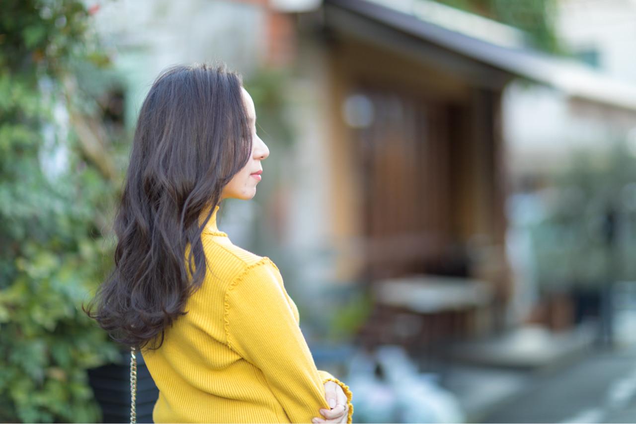 ロング 外国人風 グレージュ 上品 ヘアスタイルや髪型の写真・画像 | 田村ジュン / FLAVIA
