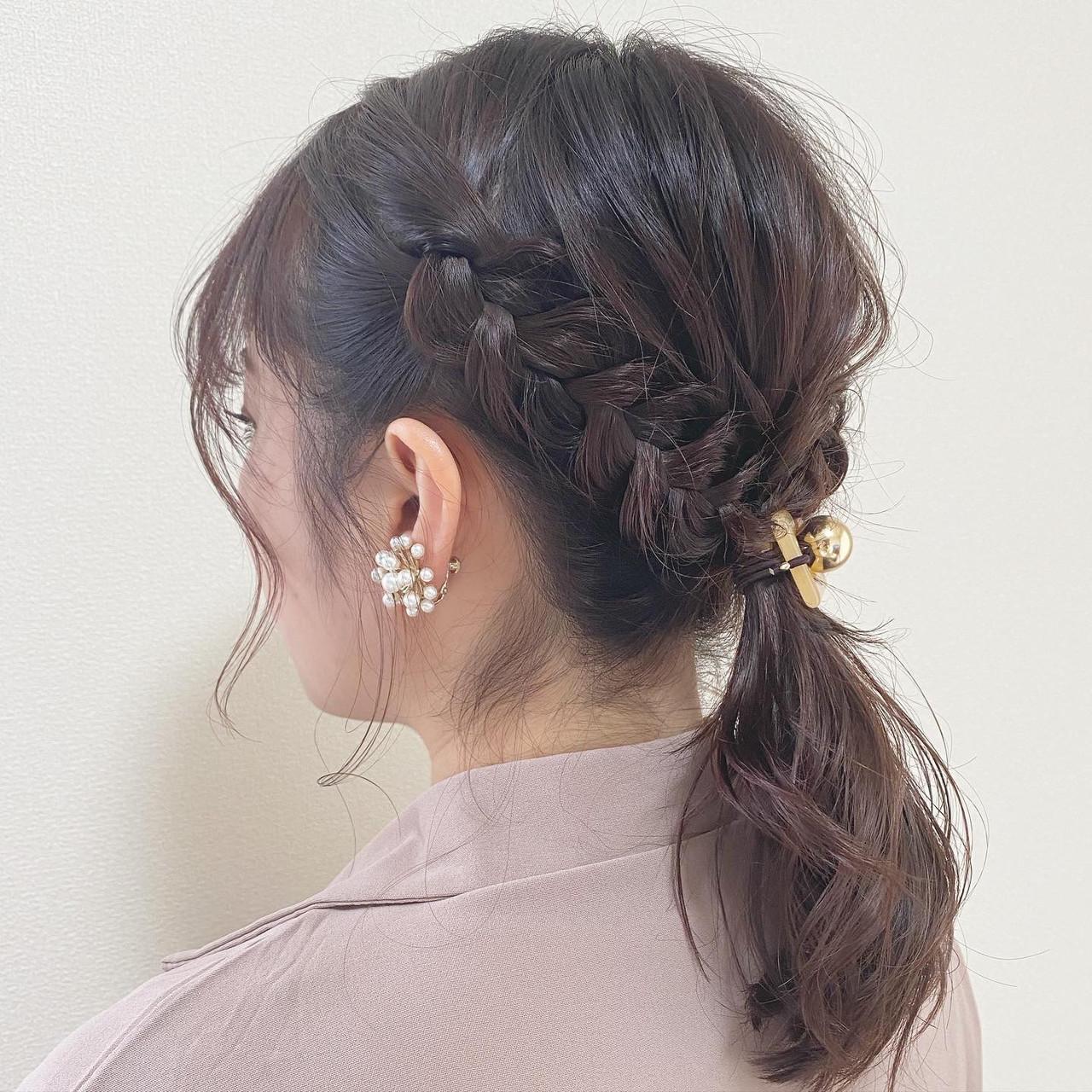 大人かわいい インナーカラー 結婚式 ゆるふわヘアスタイルや髪型の写真・画像