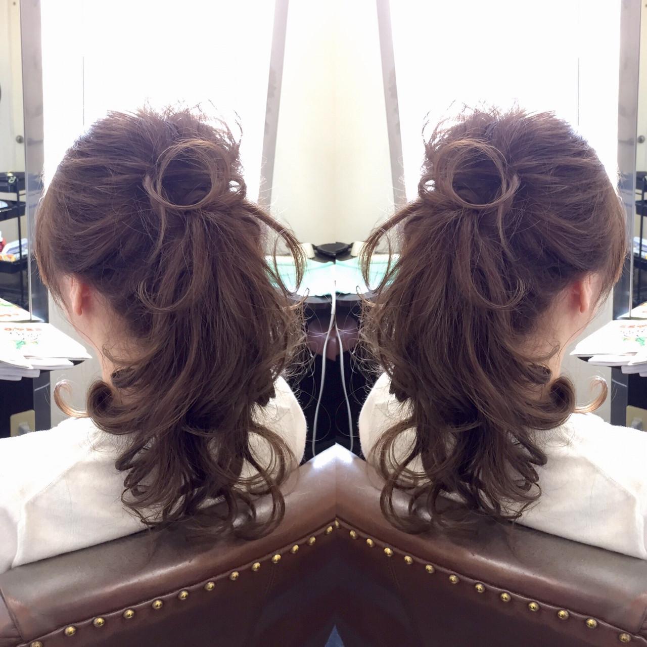 ロング ヘアアレンジ アッシュ ナチュラルヘアスタイルや髪型の写真・画像