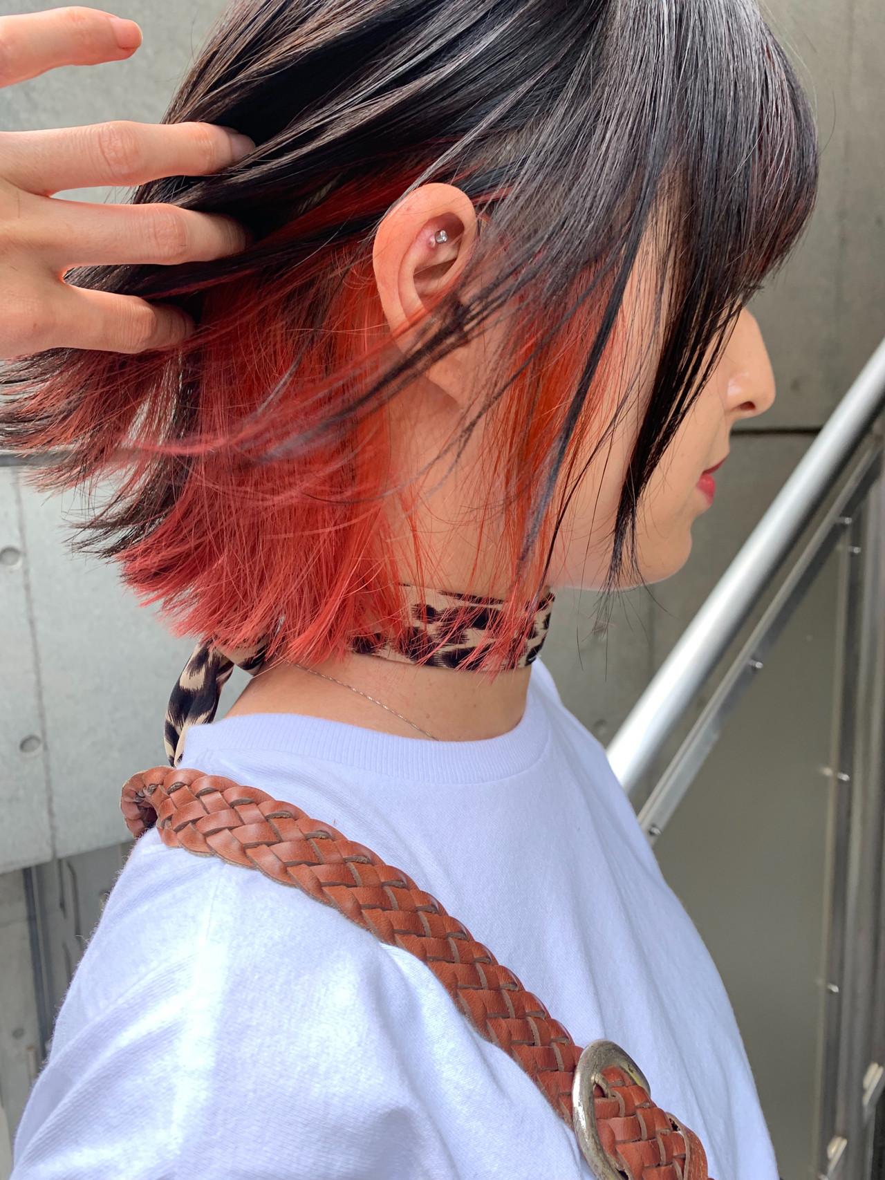 ショートヘア ショートボブ インナーカラー ボブ ヘアスタイルや髪型の写真・画像   bibito crew / bibito
