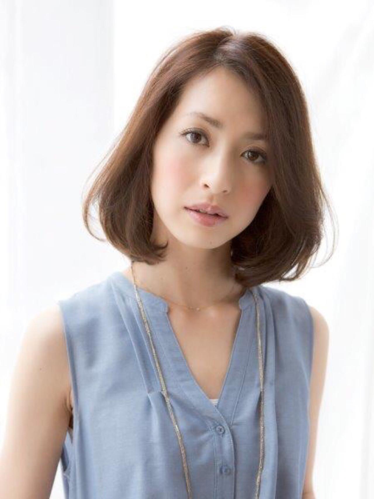 パーマ ミディアム ナチュラル オフィス ヘアスタイルや髪型の写真・画像 | 松下哲士 / GARDEN aoyama