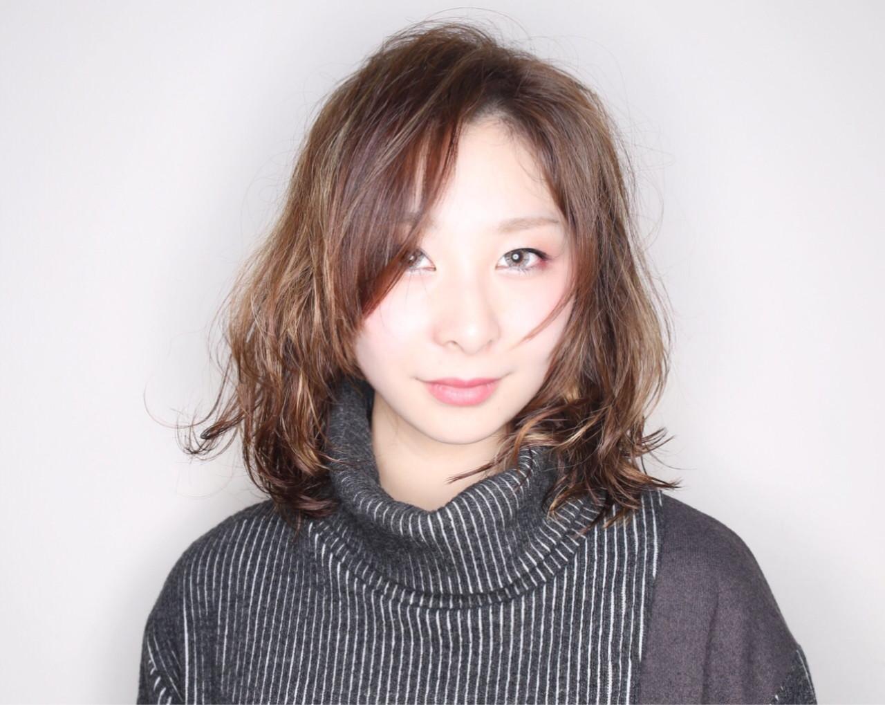 イルミナカラー デジタルパーマ モード アッシュ ヘアスタイルや髪型の写真・画像 | アンナ /