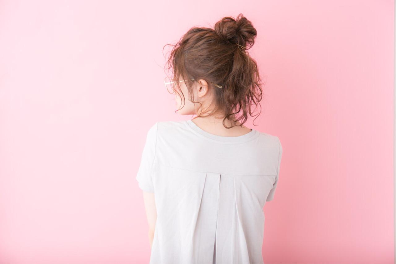 ナチュラル お団子 ロング ヘアアレンジ ヘアスタイルや髪型の写真・画像 | 大隣 正佳 / GARDEN HARAJUKU