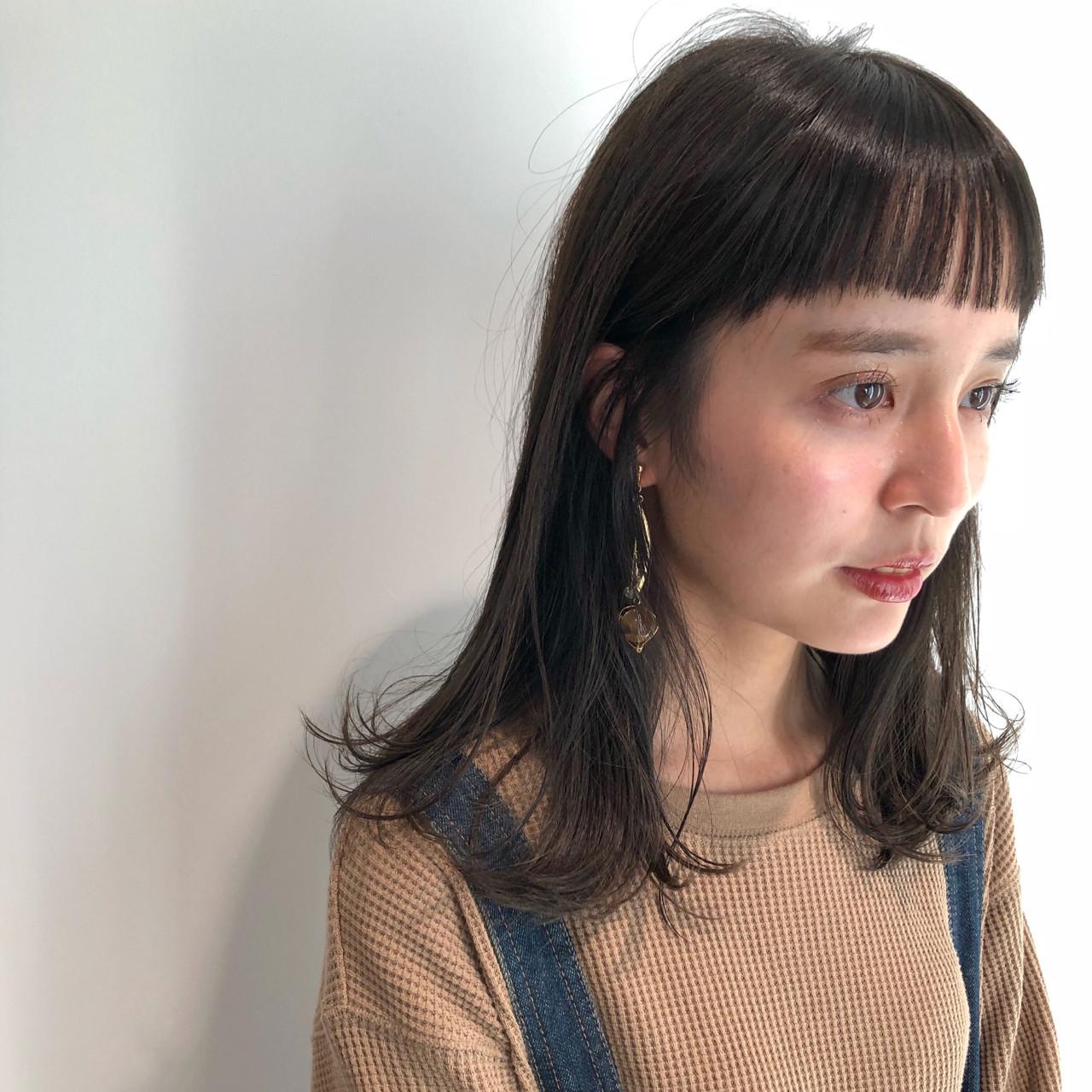 ナチュラル 黒髪 ミディアム シースルーバング ヘアスタイルや髪型の写真・画像 | 磯田 基徳 / siki