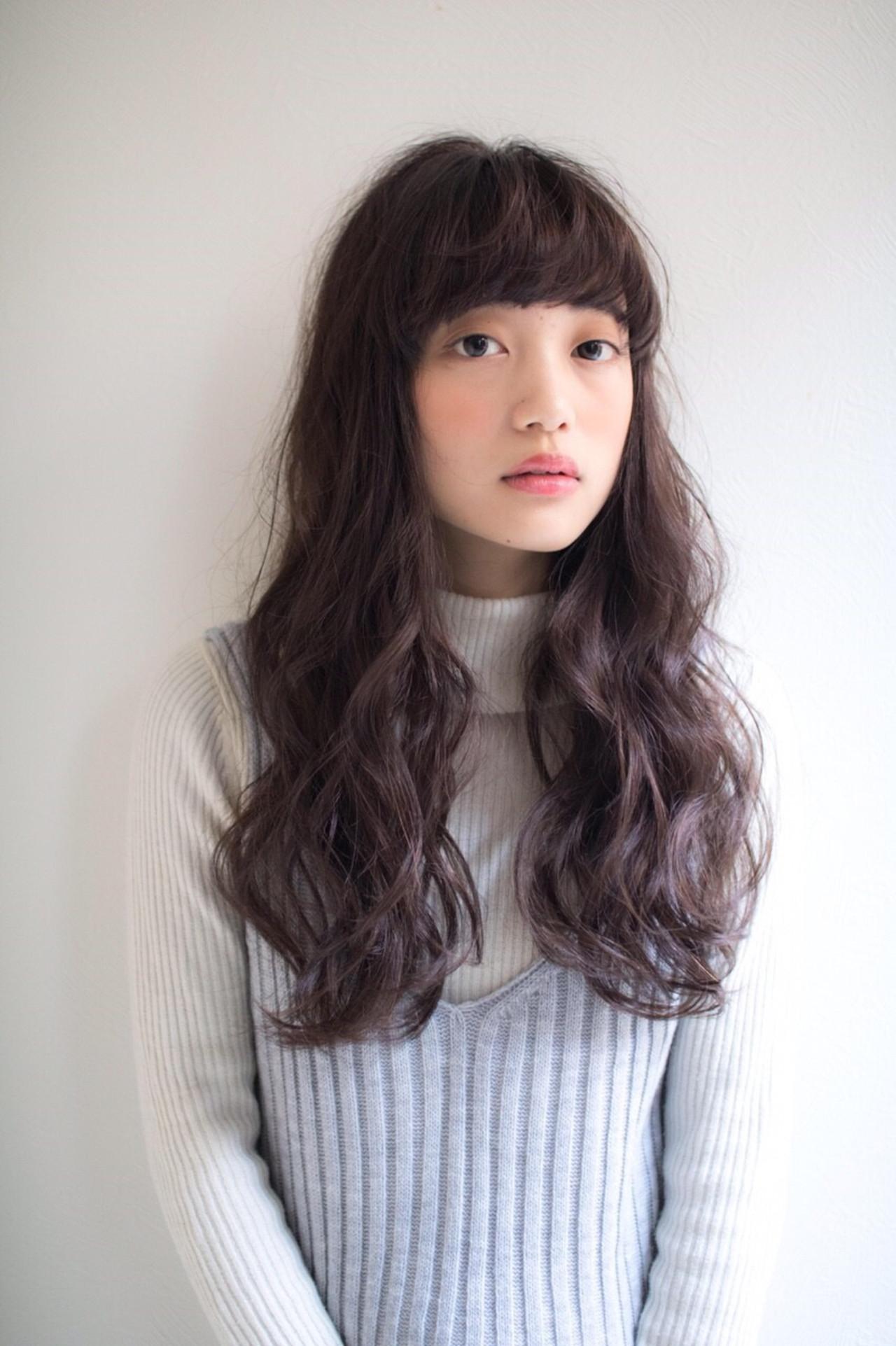 黒髪ロング×パーマの髪型まとめ♡ナチュラルにかわいい面長 ...
