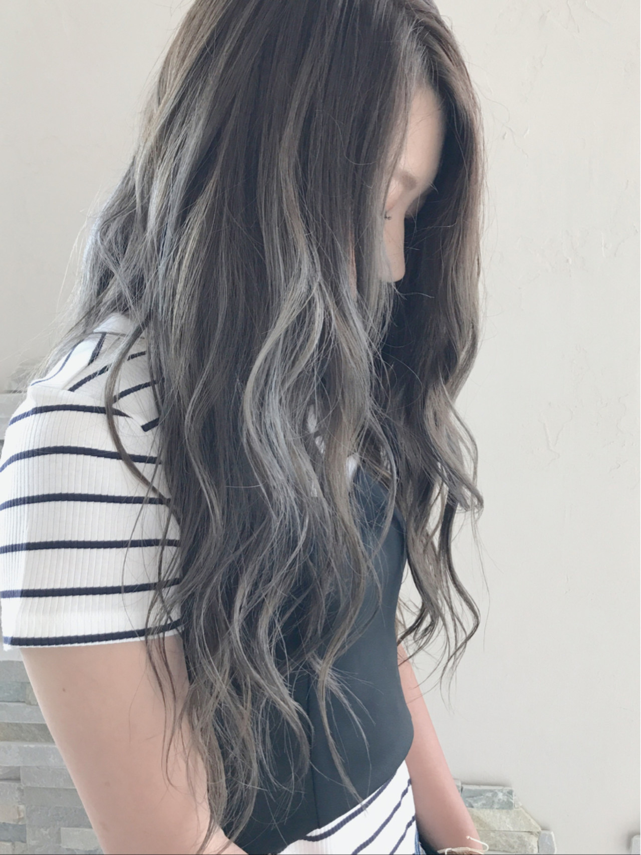 透明感 外国人風カラー ウェーブ ロング ヘアスタイルや髪型の写真・画像 | 中山俊一 / valucetiri