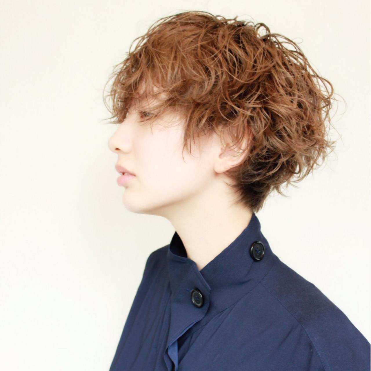 イルミナカラー モード ハイライト 外国人風 ヘアスタイルや髪型の写真・画像   Shinya_abiru / Bond