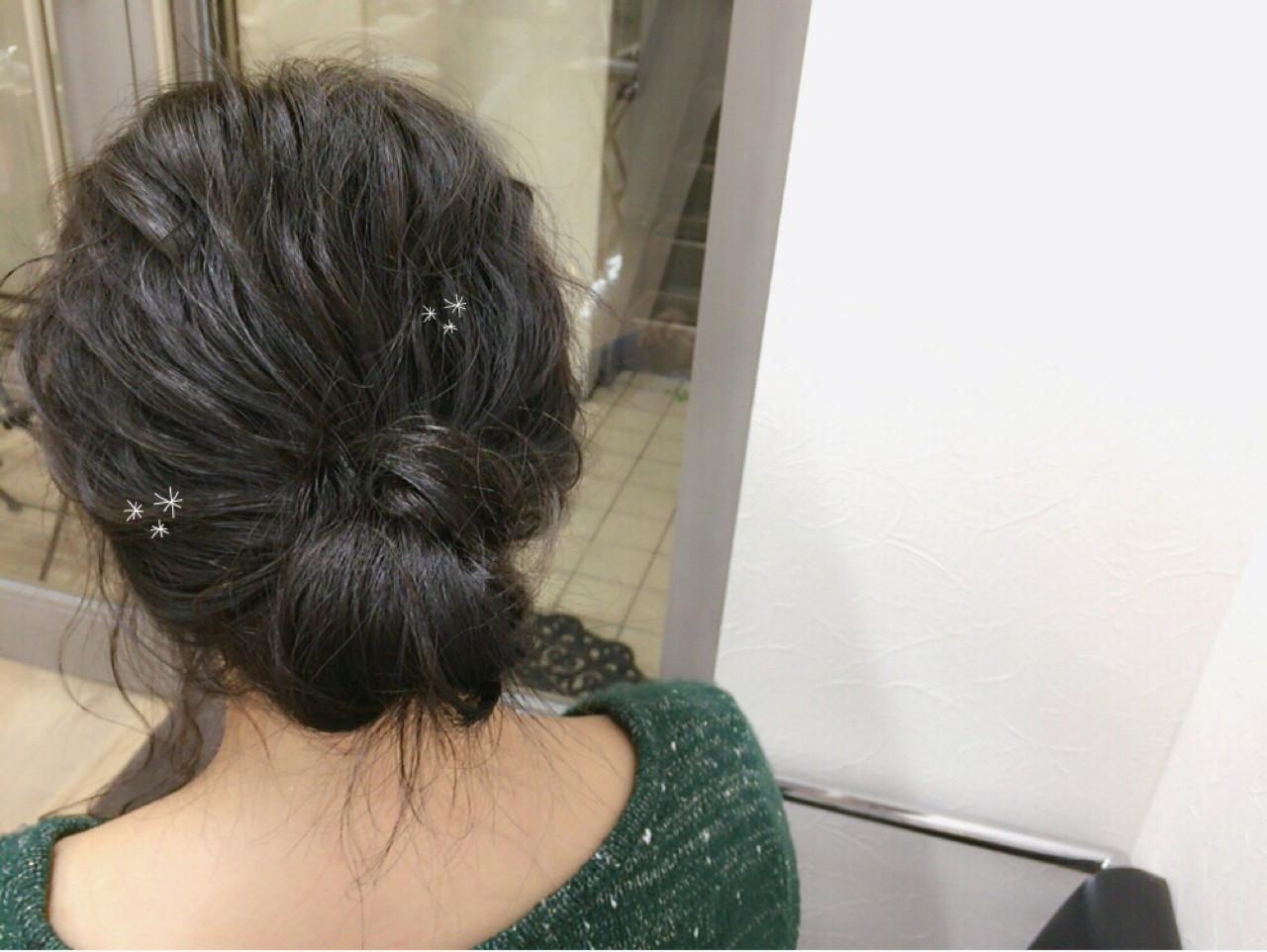 アッシュ ショート 波ウェーブ 簡単ヘアアレンジ ヘアスタイルや髪型の写真・画像   mai / linola