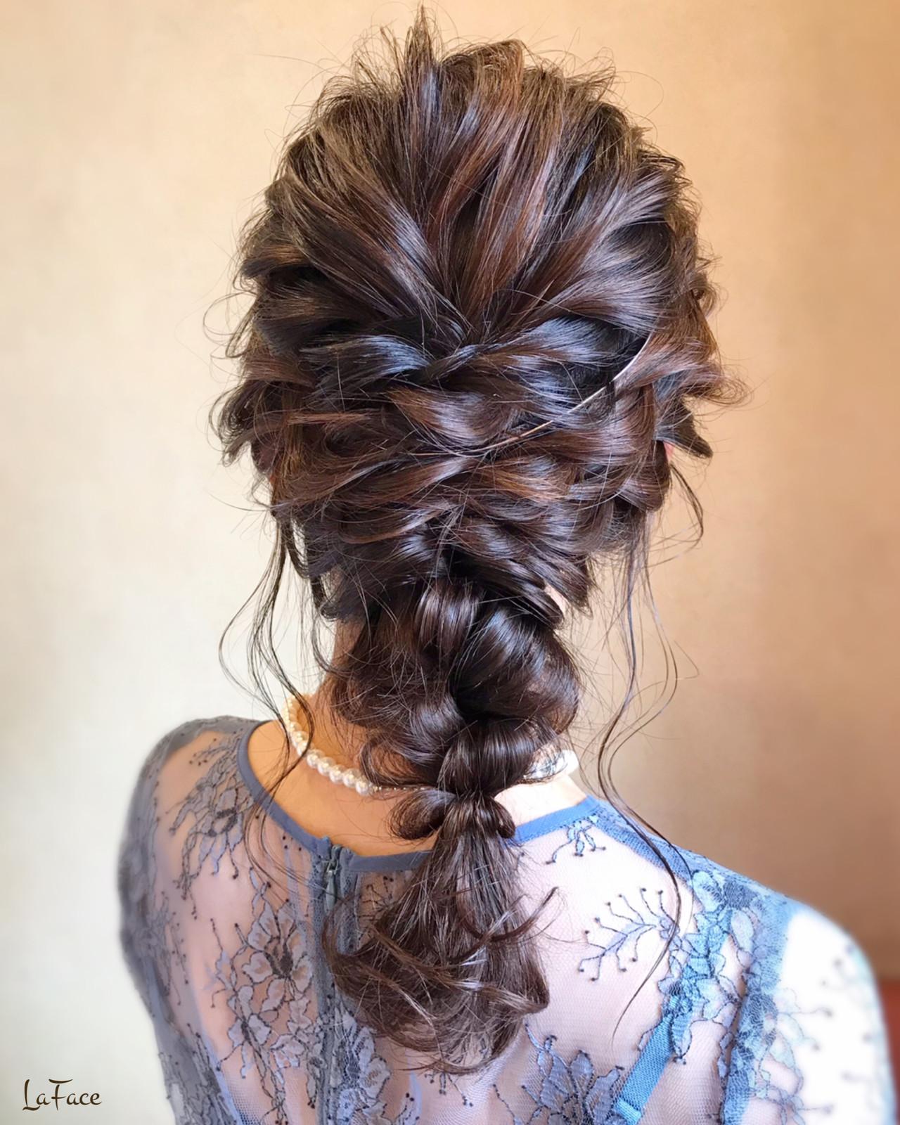 ロング ヘアアレンジ 編みおろし お呼ばれヘアスタイルや髪型の写真・画像