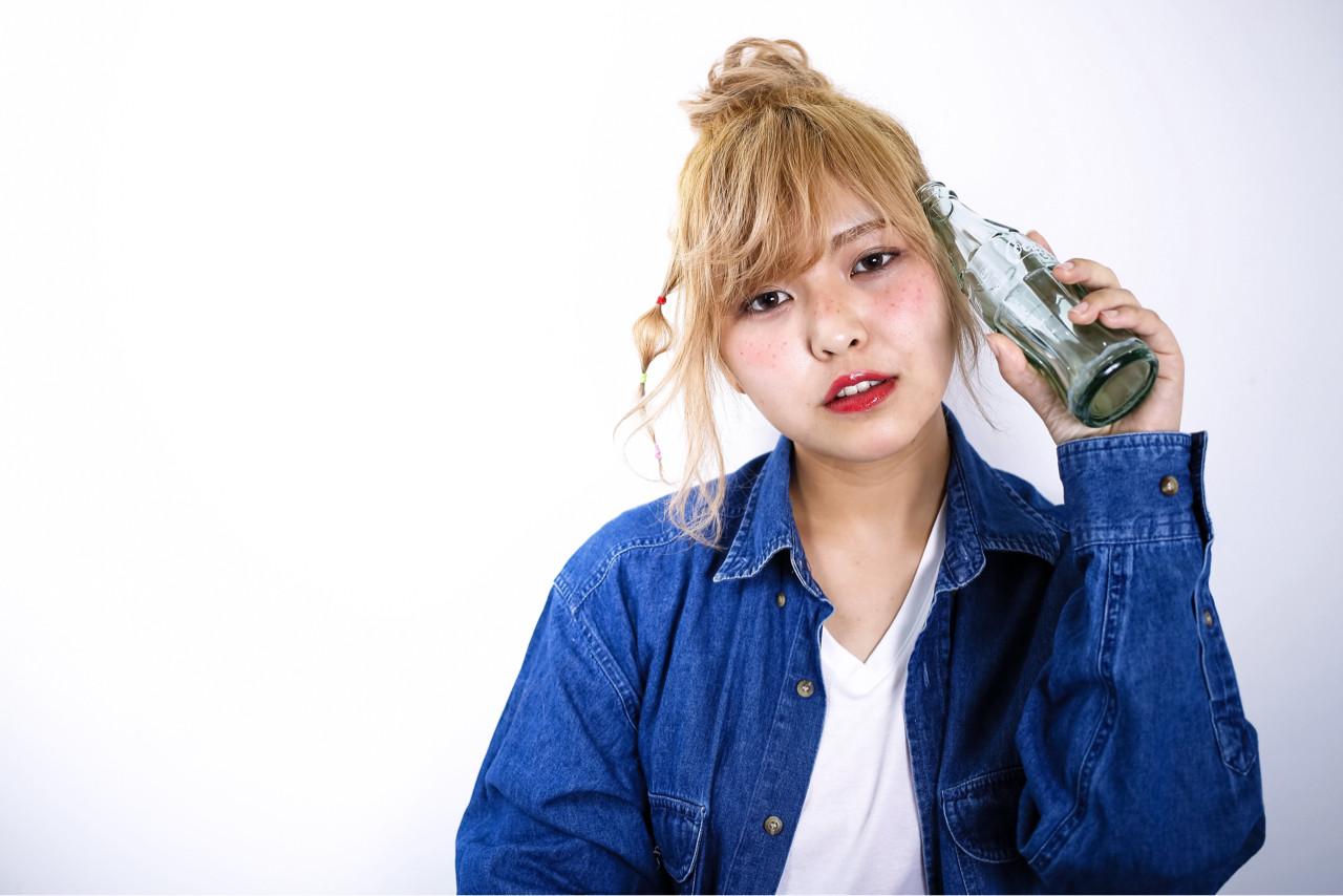 ヘアアレンジ ハイライト ミディアム ハイトーンヘアスタイルや髪型の写真・画像