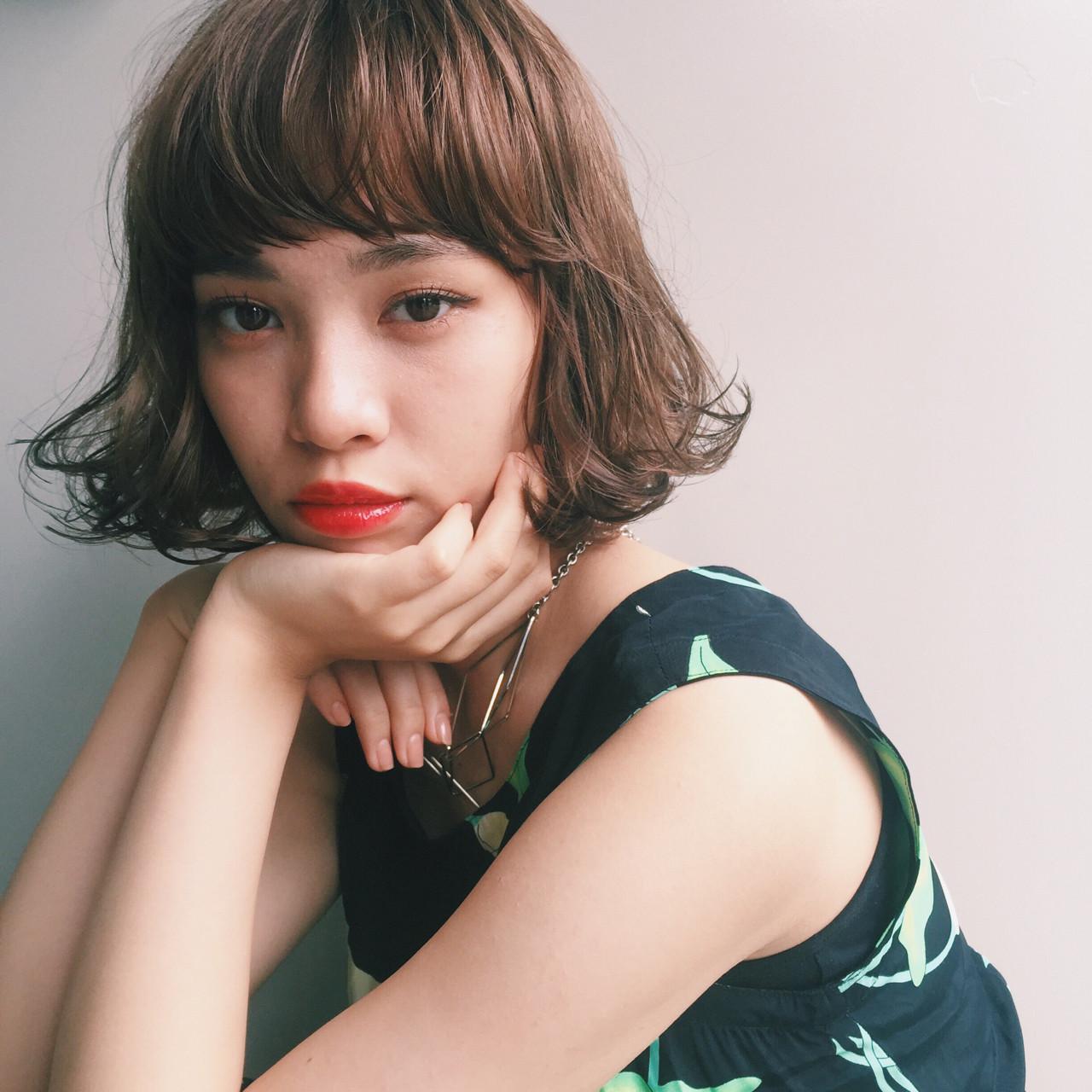 ワイドバング パーマ 大人かわいい ボブ ヘアスタイルや髪型の写真・画像 | 市木ありさ / FLOWERS