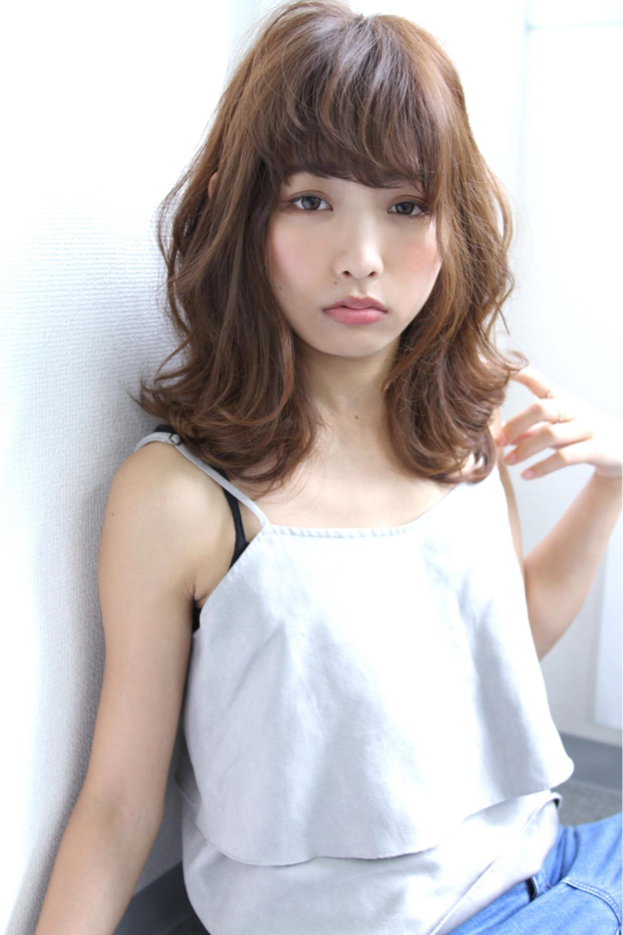 冬 色気 アッシュ ナチュラル ヘアスタイルや髪型の写真・画像   清水 孝純 / Rose