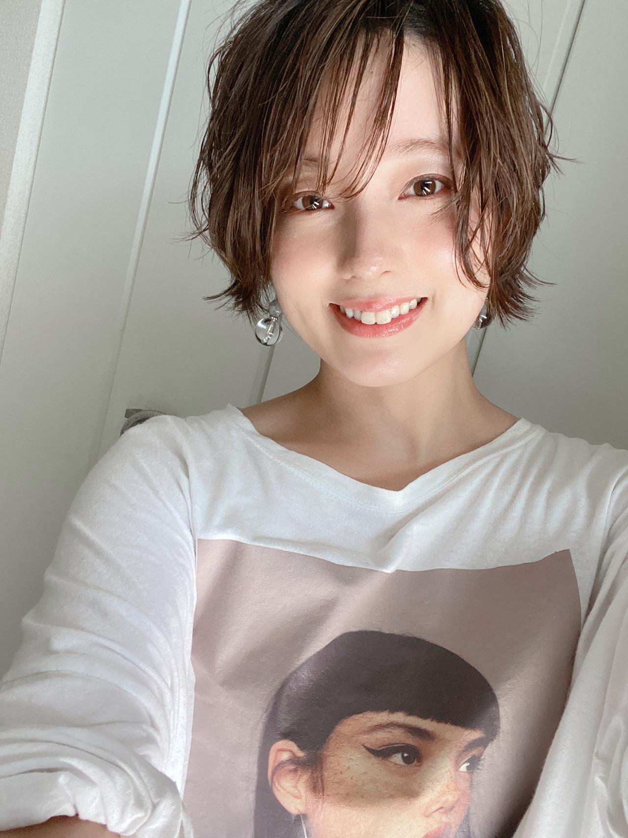 ショートボブ ベージュ ショート ハイライト ヘアスタイルや髪型の写真・画像 | asuka /