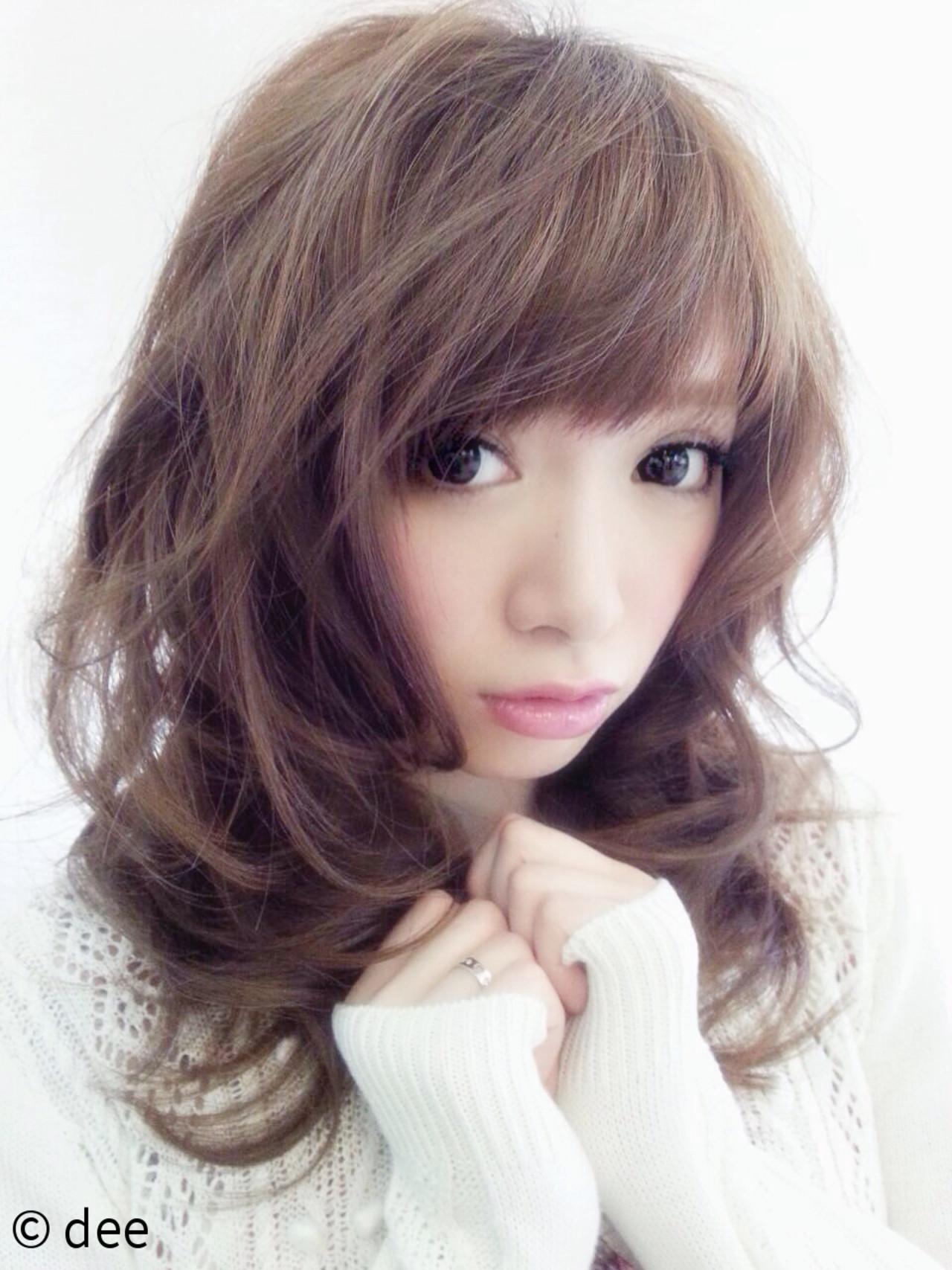 色気 かわいい セミロング キュート ヘアスタイルや髪型の写真・画像 | dee / dee
