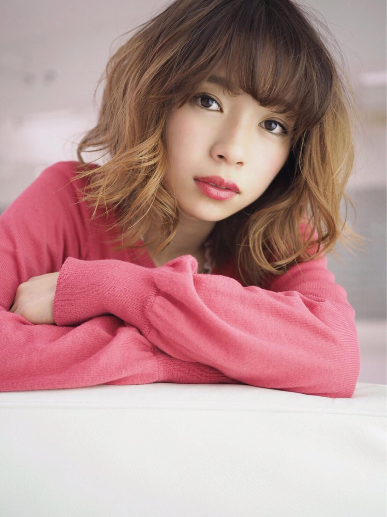 春 グラデーションカラー ミディアム 大人かわいい ヘアスタイルや髪型の写真・画像 | ひろみ /