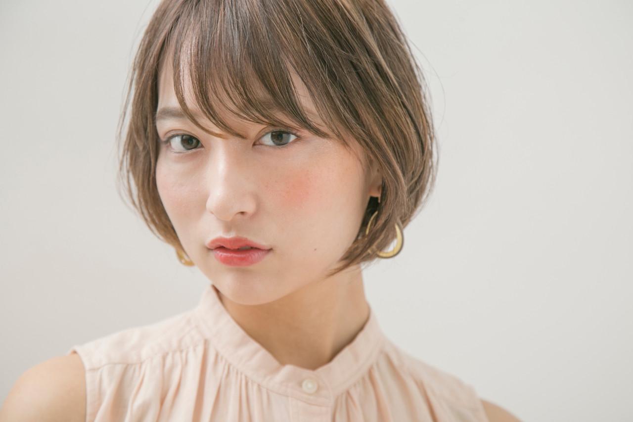 ショート ナチュラル オフィス デート ヘアスタイルや髪型の写真・画像 | 國武泰志 / Cloe