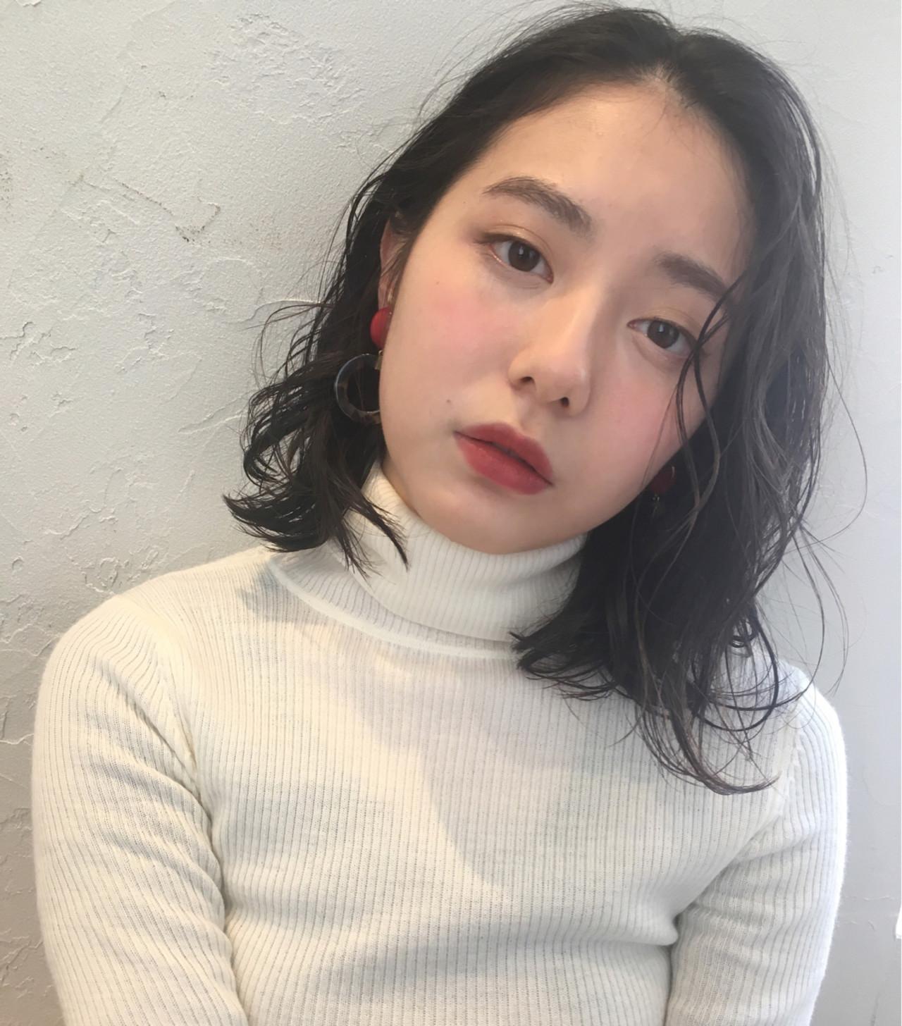 デート リラックス ナチュラル ミディアム ヘアスタイルや髪型の写真・画像 | joemi by unami 森千里 / joemi by unami 新宿