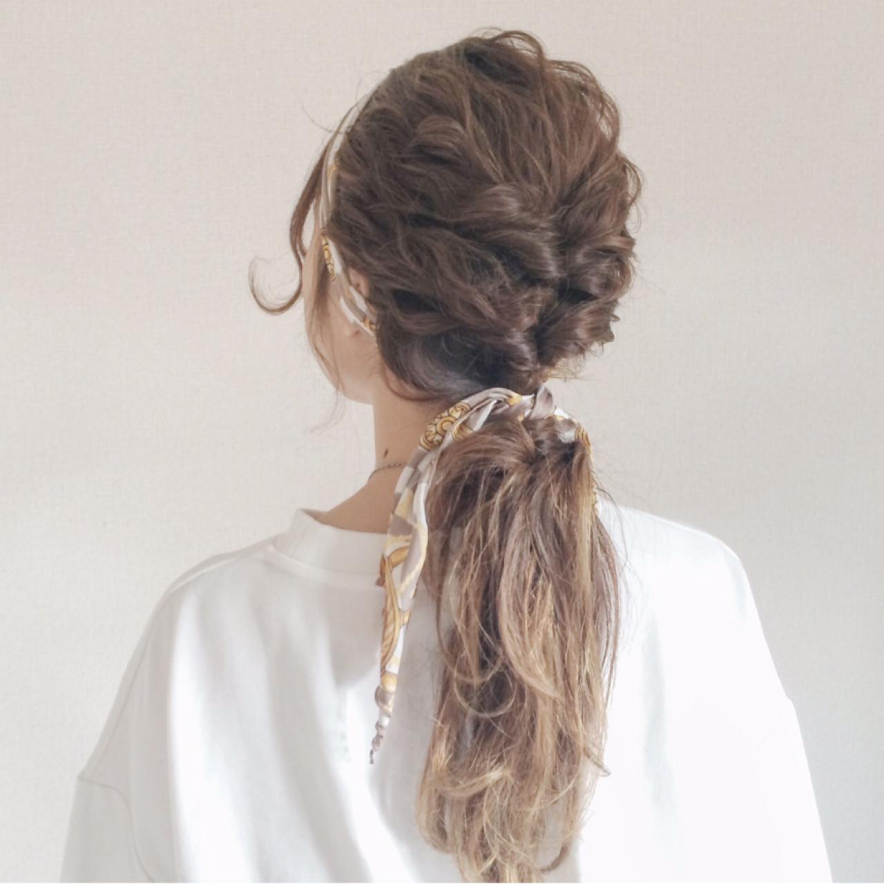 ポニーテール×スカーフで作る簡単可愛いヘアスタイル♡ Yoshimi