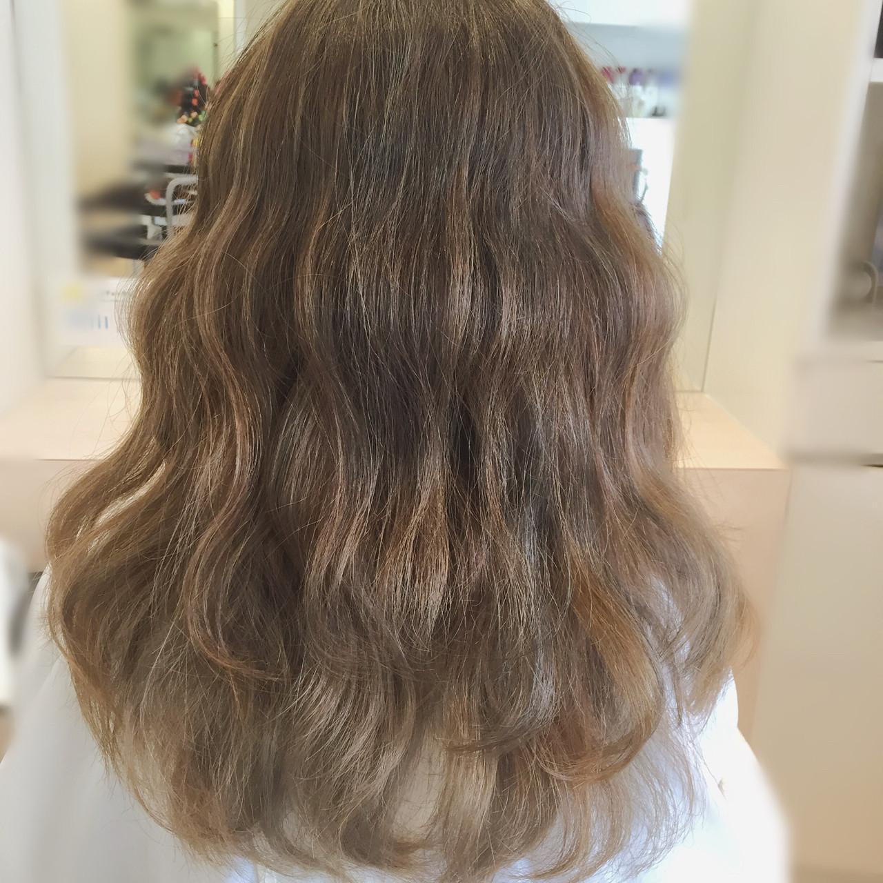 ウェーブ グラデーションカラー アッシュ ロング ヘアスタイルや髪型の写真・画像 | 内藤光昭/mod'shair清水 / モッズヘア清水