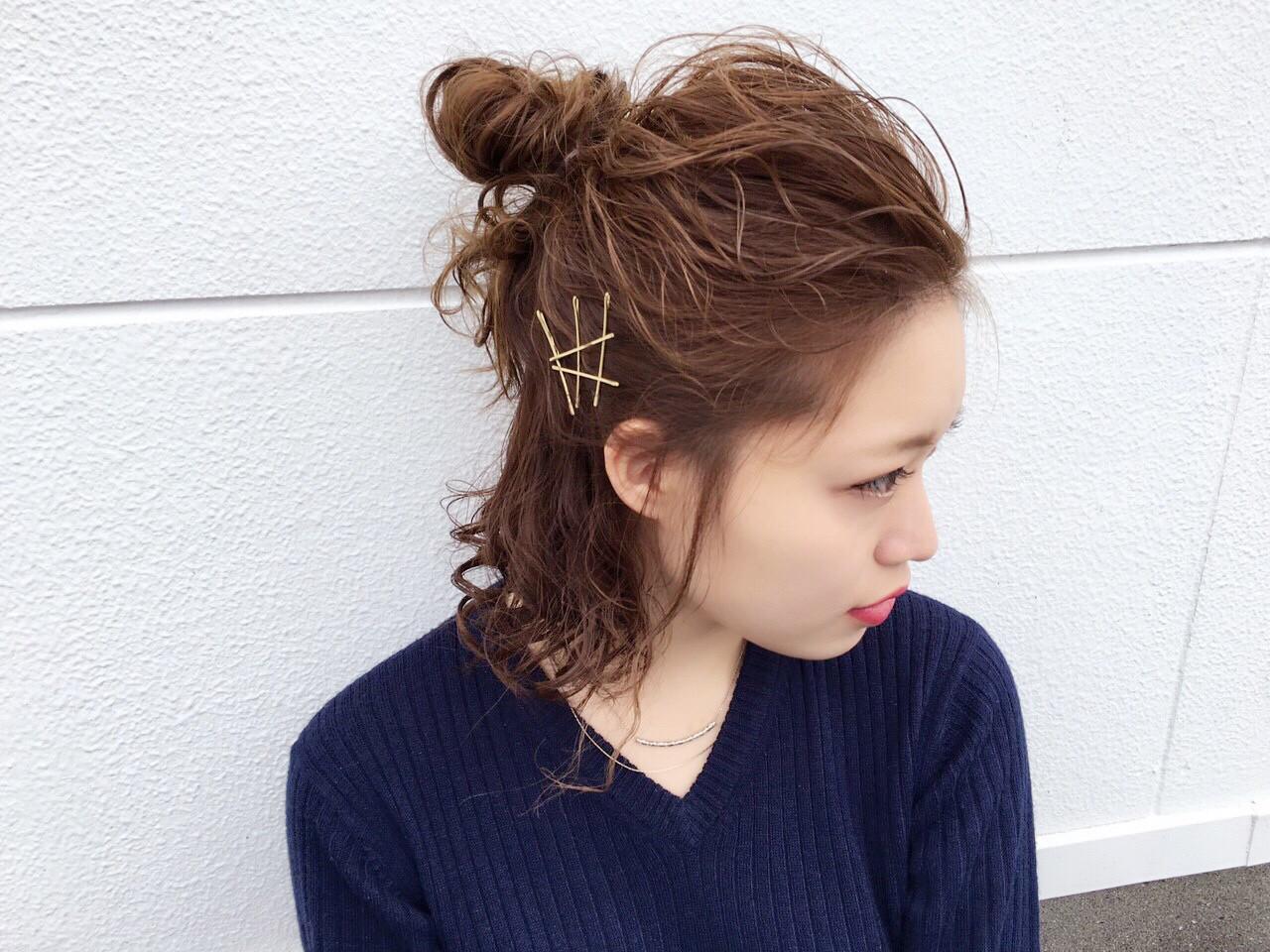 ミディアム ヘアアレンジ ショート アッシュ ヘアスタイルや髪型の写真・画像 | しおり /