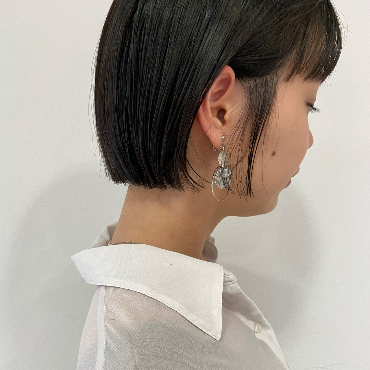 まとまるボブ ショートヘア ミニボブ ショートボブ ヘアスタイルや髪型の写真・画像 | haruhi / CHIC feux