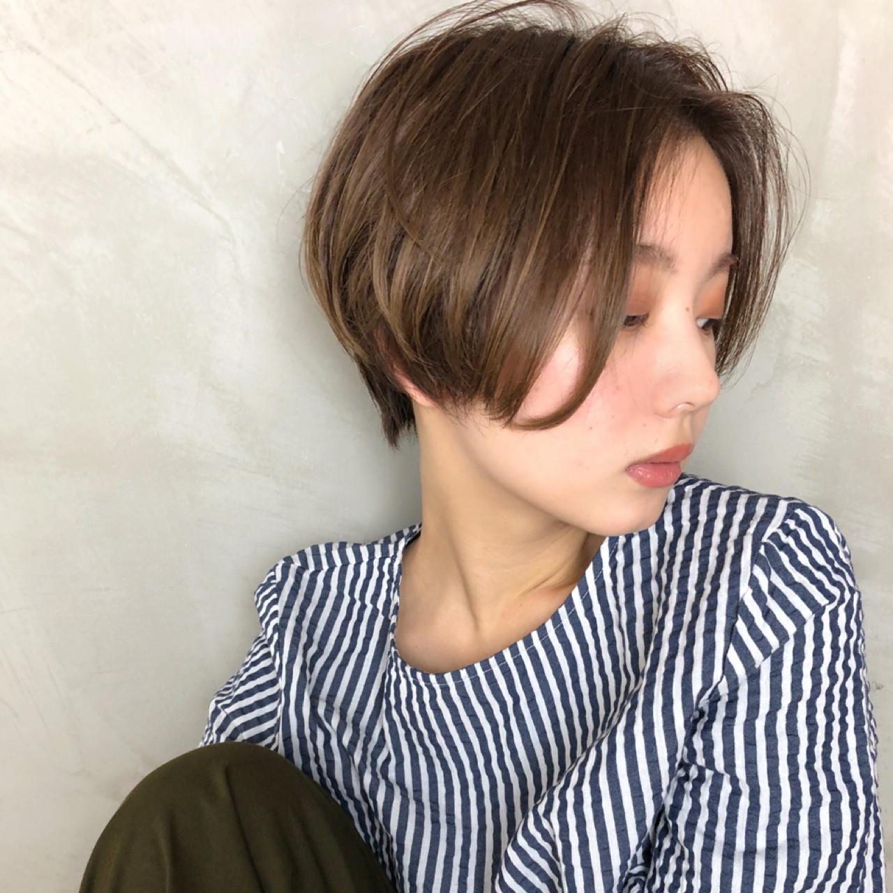 色気 ショート センターパート ナチュラル ヘアスタイルや髪型の写真・画像   Ninomiya Takashi / Grege