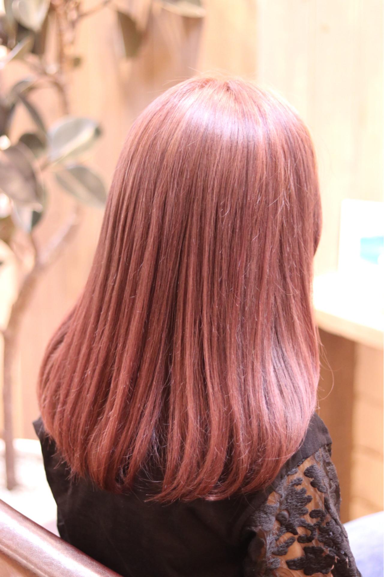 ガーリー デート フェミニン セミロングヘアスタイルや髪型の写真・画像