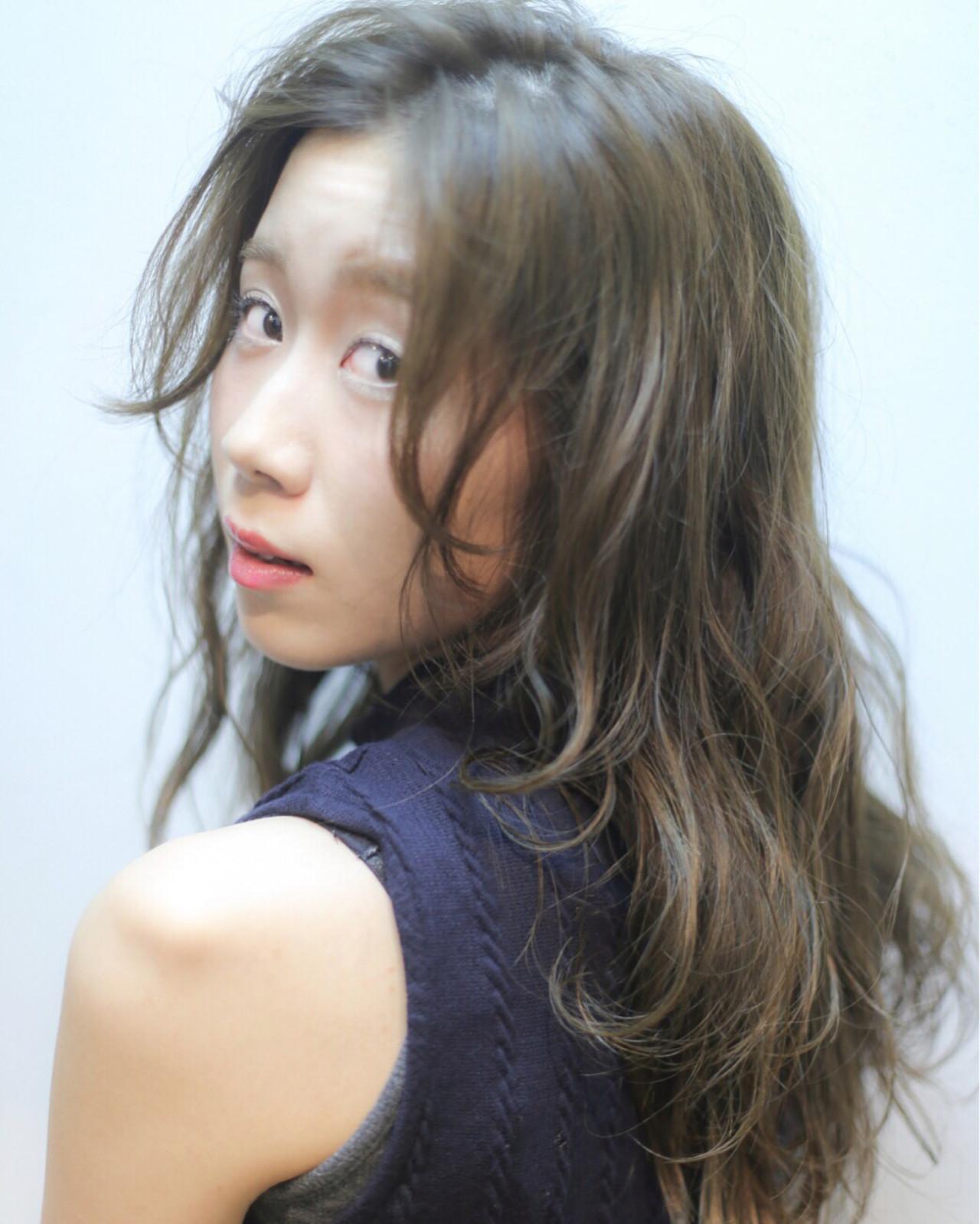 【ロング編】秋冬はこの色で決まり♡アッシュで作る暗髪が可愛すぎる 東隼弥