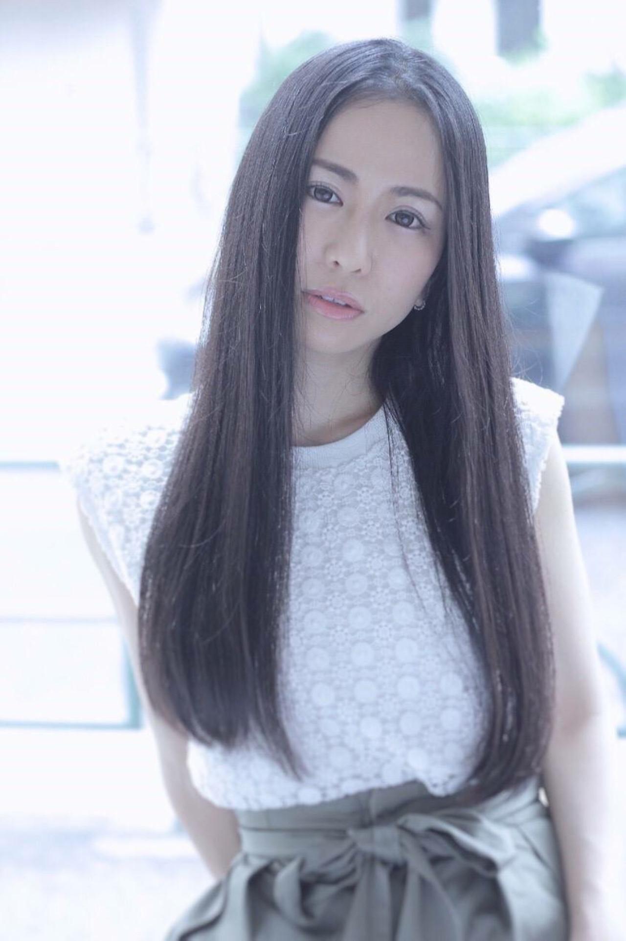 ナチュラル 大人女子 黒髪 ストレート ヘアスタイルや髪型の写真・画像   SAKI /