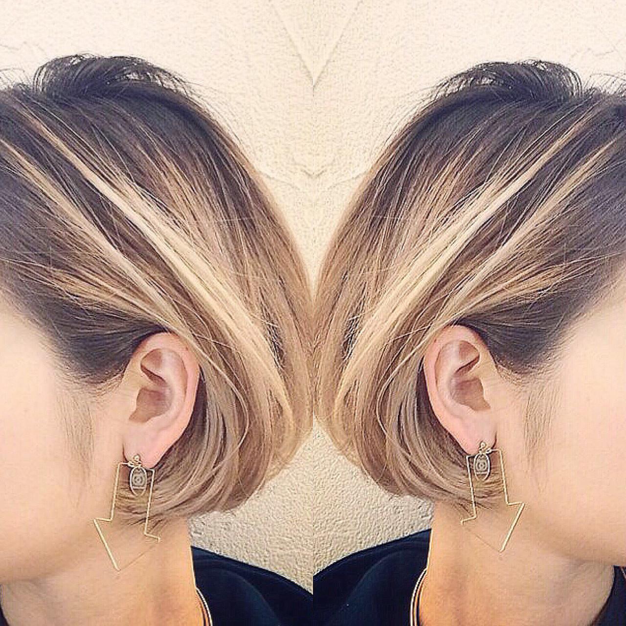 インナーカラー ボブ ストリート バレイヤージュヘアスタイルや髪型の写真・画像