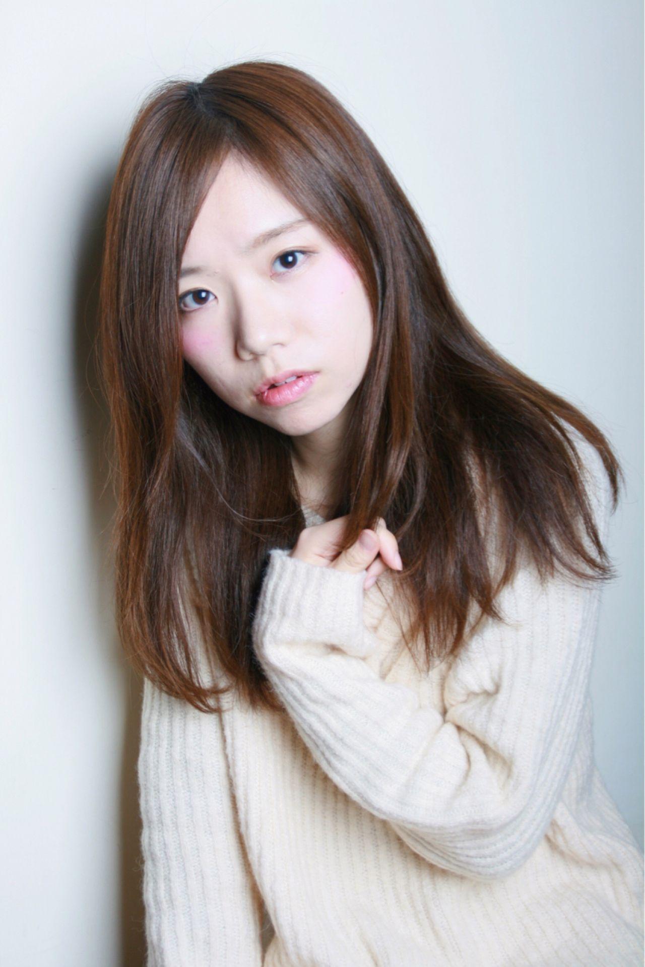 フェミニン かわいい ストレート ナチュラル ヘアスタイルや髪型の写真・画像 | 野崎 泰亮 / LAGOON